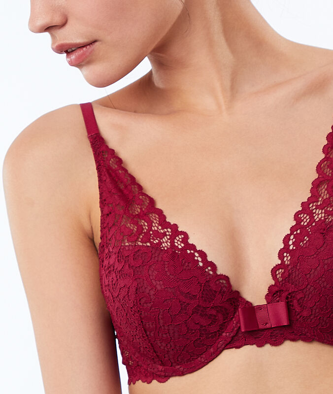 Soutien-gorge n°3 - triangle push-up en dentelle prune.