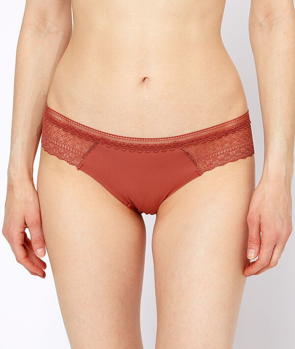 Micro lace hipster;${refinementColor}