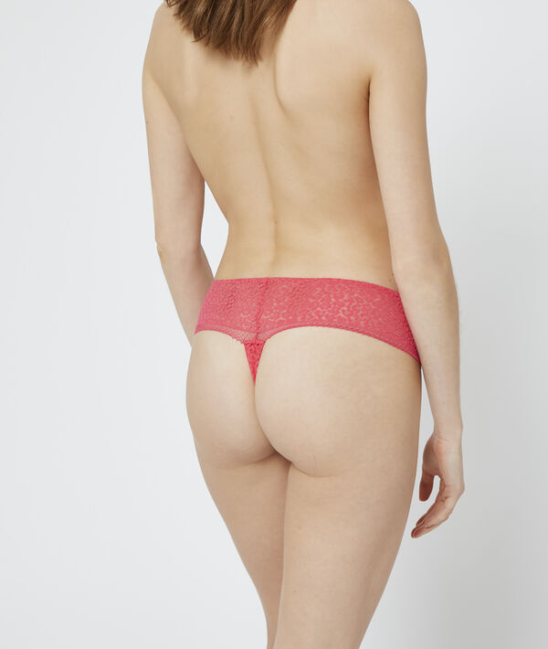 Animal print lace thong;${refinementColor}