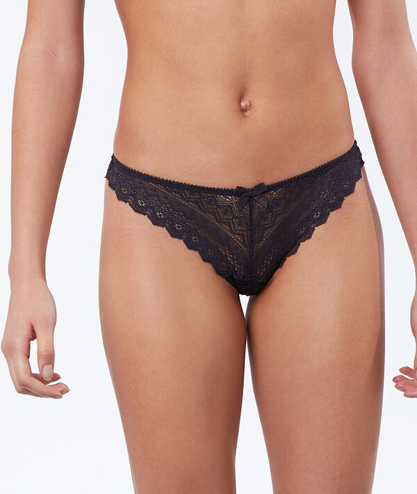 All-lace tanga;${refinementColor}
