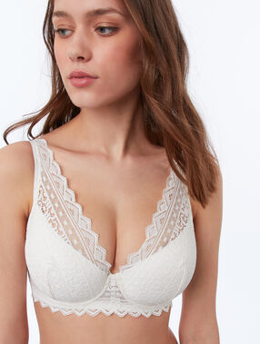 Bra n°6 - natural lace triangle pearl.