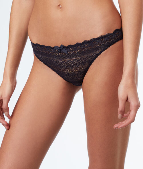 All-lace briefs