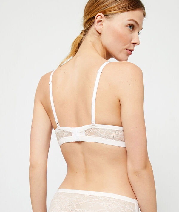 Light padded non-wired bra ;${refinementColor}