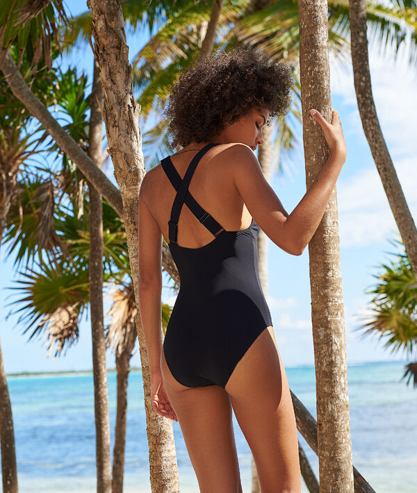 Plunge one piece;${refinementColor}