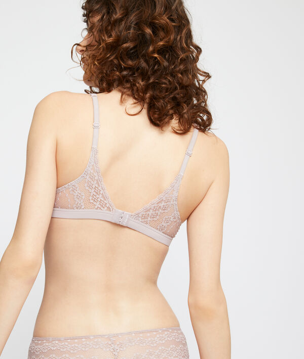 Classic padded lace bra;${refinementColor}