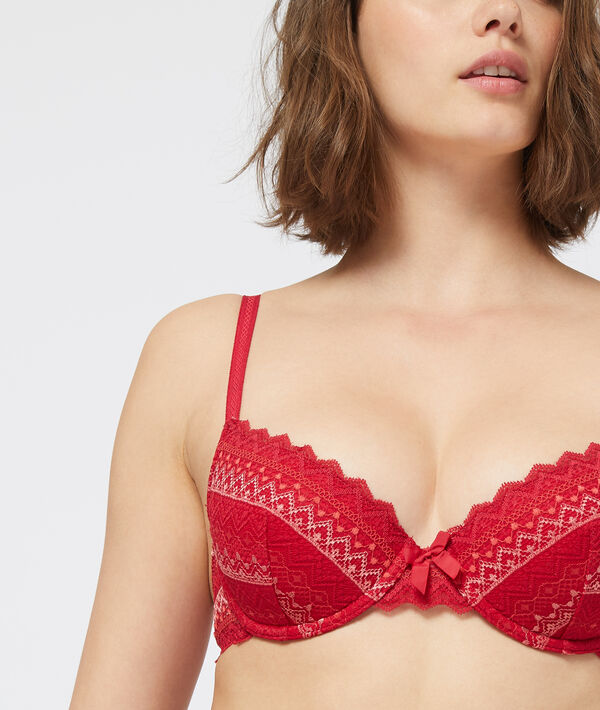 Bra n°4 : lace lightly padded bra;${refinementColor}