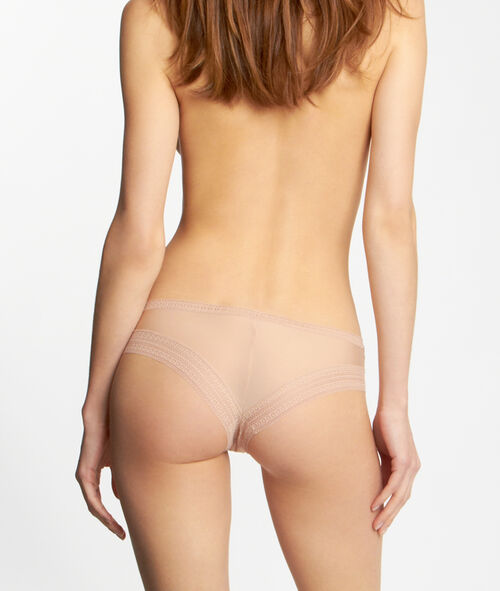 Microfiber and lace hipsters, second skin effect